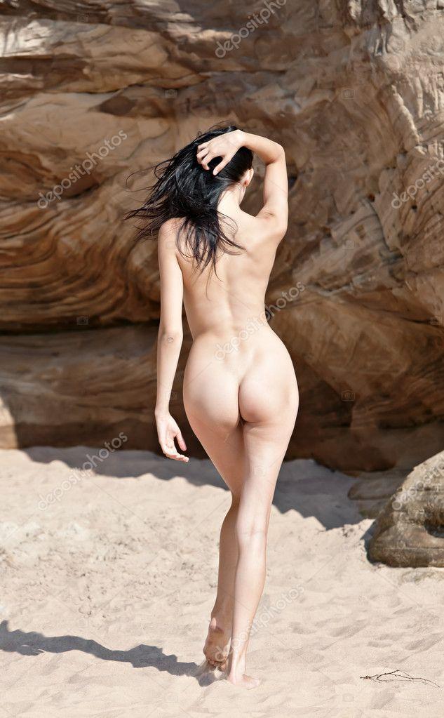 Фото женщина голая вид со спины 22 фотография